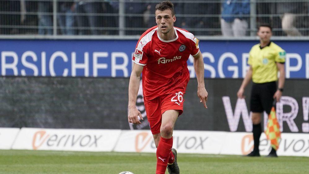 Jonas Meffert verlängert bei Holstein Kiel - Bildquelle: Imago