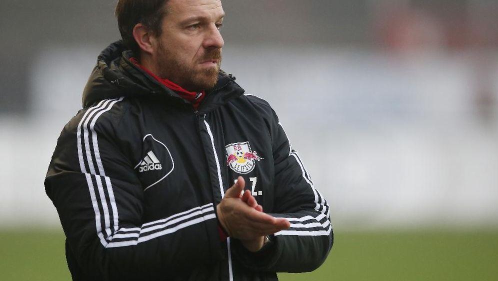Will mit seinem Team in die 2. Liga: Alexander Zorniger - Bildquelle: SID-SID-FIRO