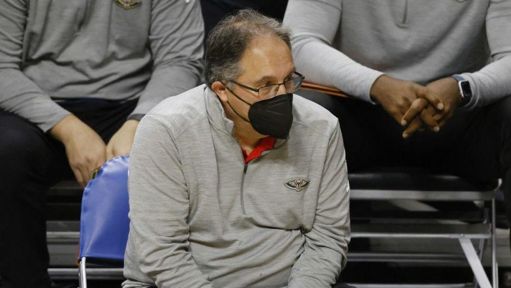 Stan Van Gundy ist nicht länger Trainer in New Orleans - Bildquelle: AFPGETTYSIDMICHAEL REAVES