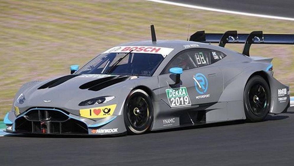 Rennfahrer Paul di Resta drehte die ersten Runden mit dem neuen Aston Martin... - Bildquelle: Instagram/dtm_pics