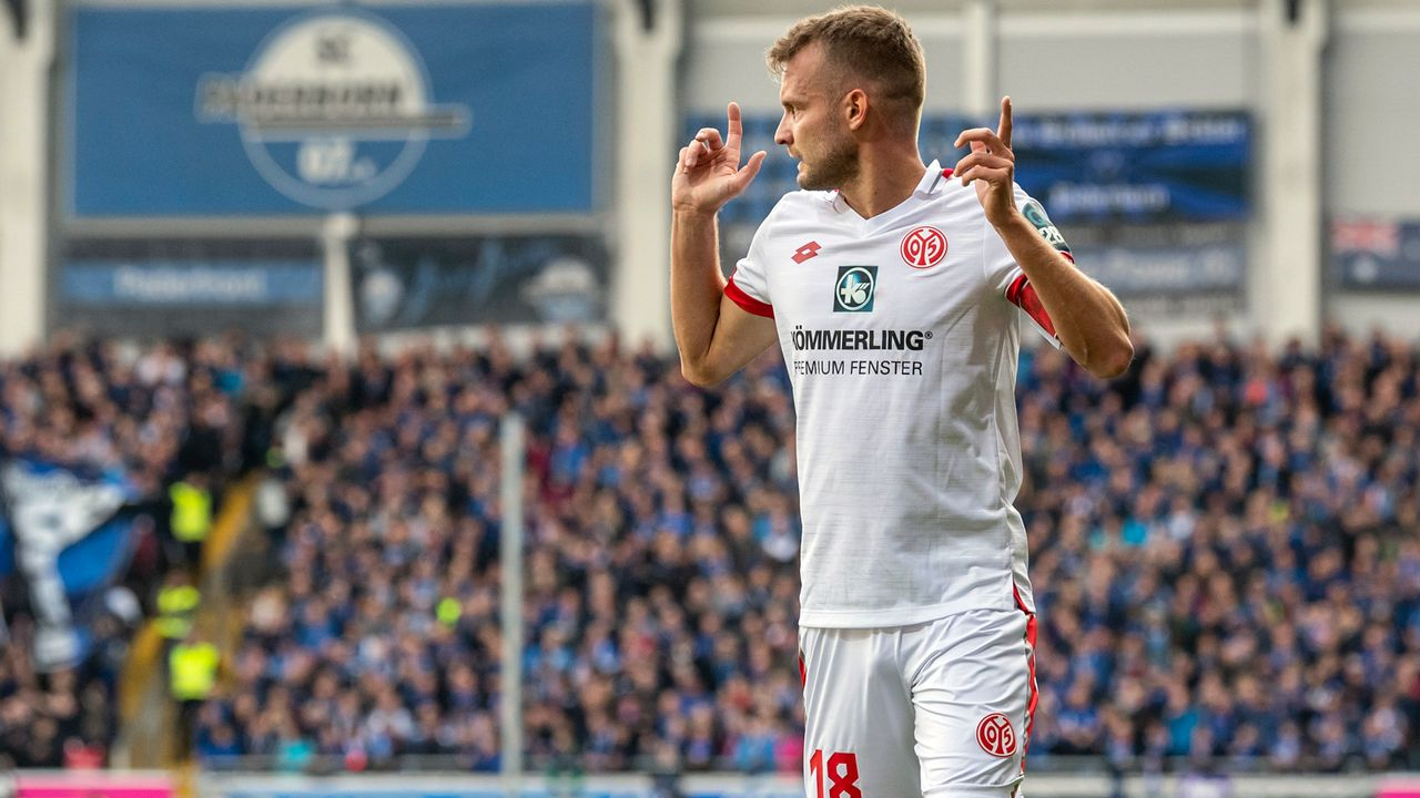 FSV Mainz 05 verwandelt den 25. Elfmeter in Folge - Bildquelle: imago images/Nordphoto