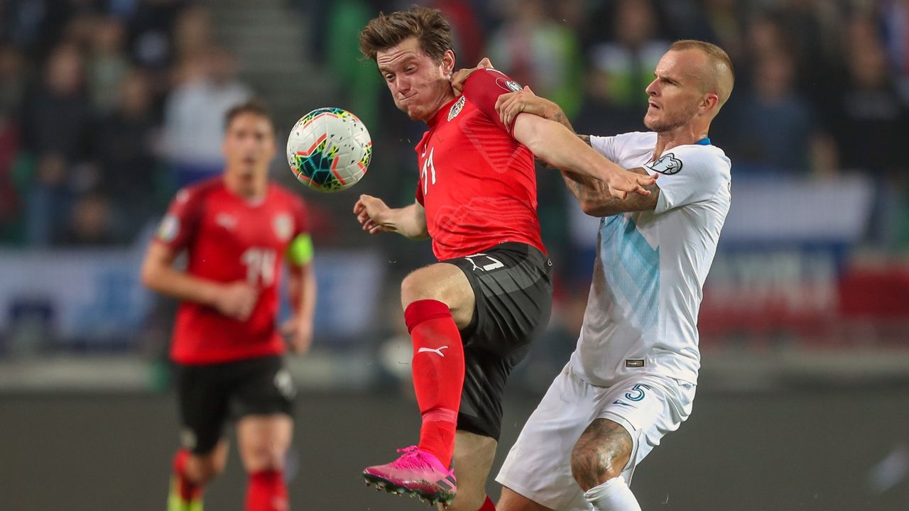 Michael Gregoritsch (FC Augsburg) - Bildquelle: imago images/GEPA pictures