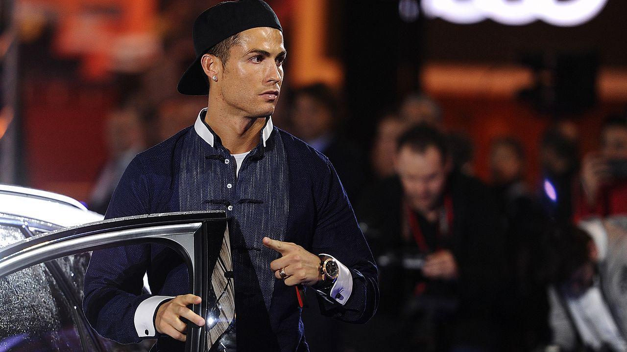 Cristiano Ronaldo kauft teuerstes Auto der Welt - Bildquelle: 2016 Getty Images