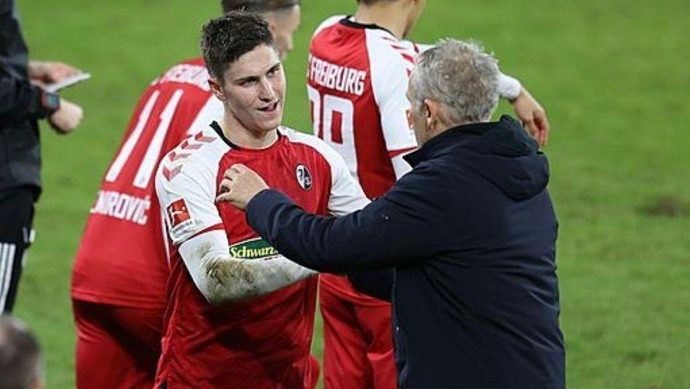 Freiburg gewinnt gegen Stuttgart - Bildquelle: FIROFIROSID