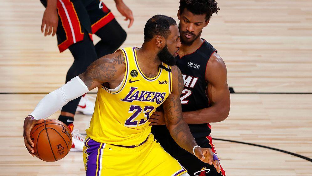 Steht vor NBA-Titel: LeBron James - Bildquelle: Getty Images