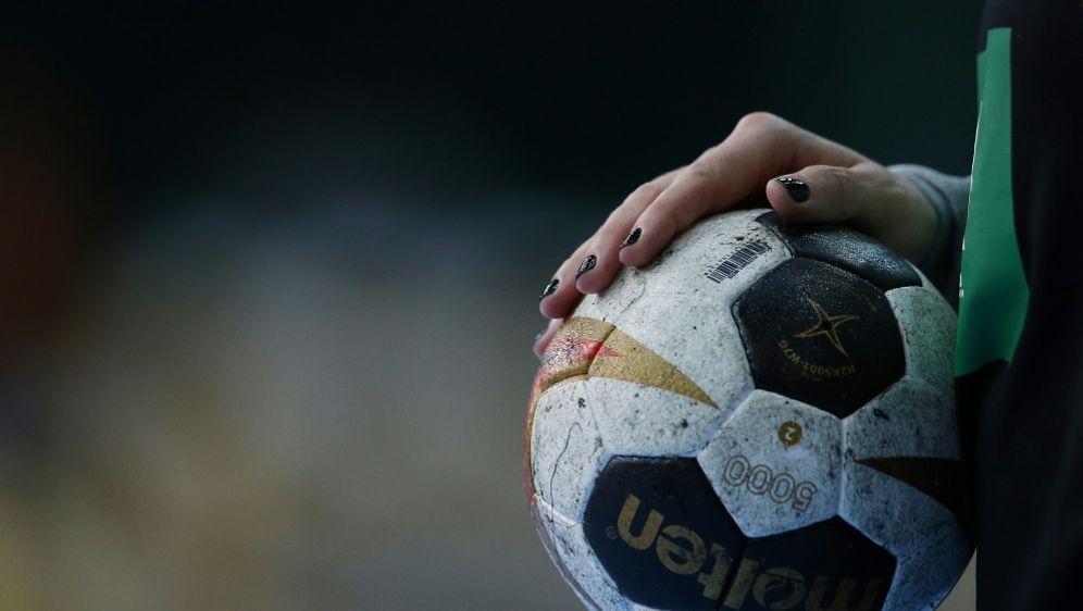 Die Bundesliga beginnt am ersten Wochenende im September - Bildquelle: FIROFIROSID