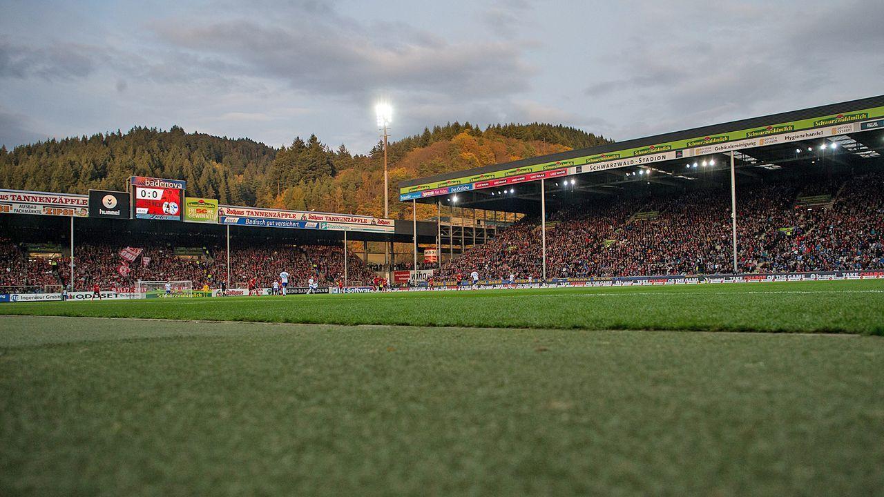 Platz 18: SC Freiburg - Schwarzwald-Stadion - Bildquelle: Getty