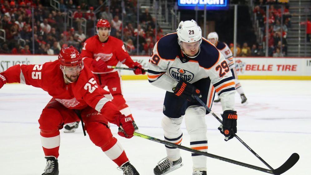 Der Treffer von Draisaitl (r.) reichte Edmonton nicht - Bildquelle: SIDSIDAFPGETTYGregory Shamus