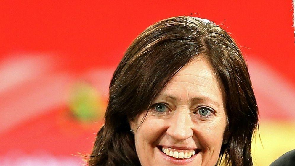 Botschafterin der Sepp-Herberger-Stiftung: Renate Lingor - Bildquelle: FIROFIROSID
