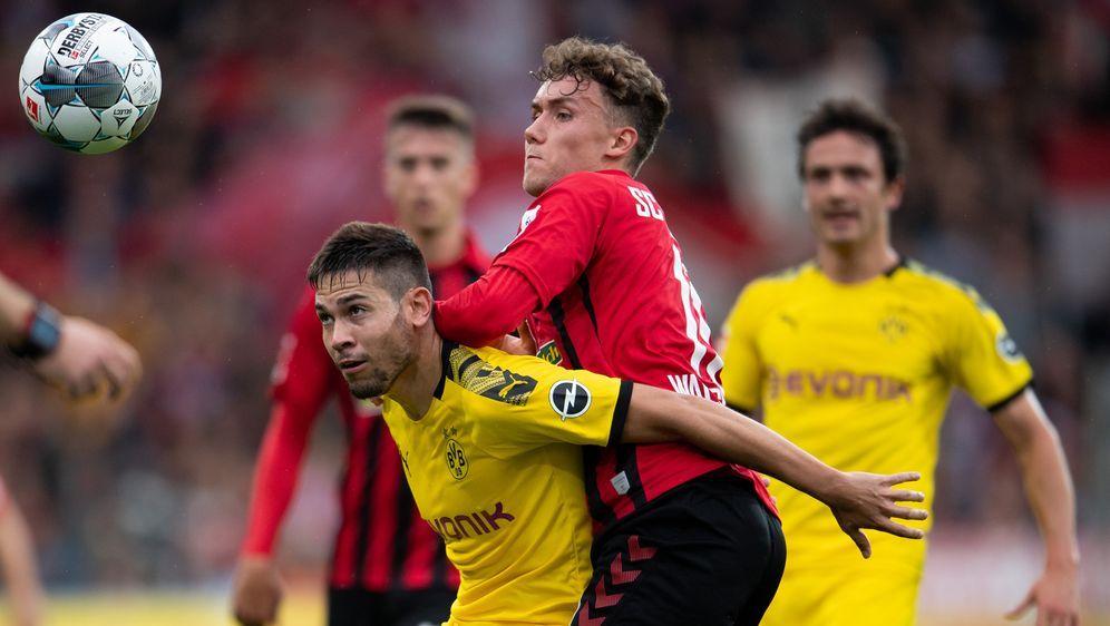 Borussia Dortmund holt in Freiburg nur ein Unentschieden. - Bildquelle: 2019 Getty images