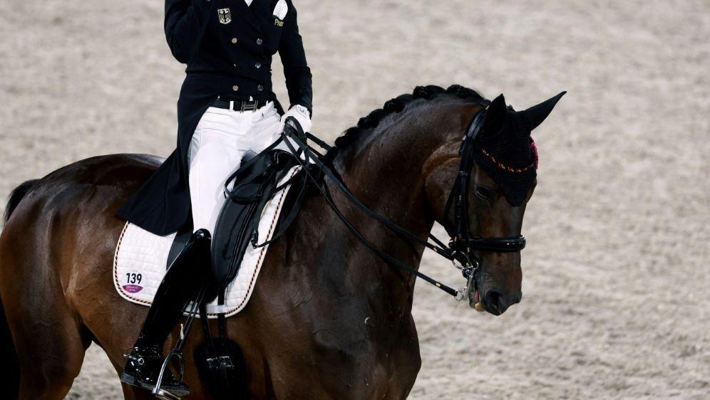 Von Bredow-Werndl will zu Olympia 2024 - Bildquelle: AFPSIDBEHROUZ MEHRI