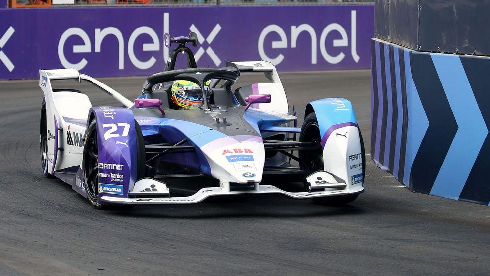 Jake Dennis fährt 2021 für BMW.