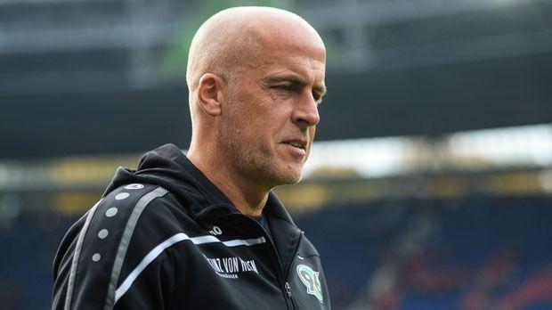 Michael Frontzeck (Hannover 96) - Bildquelle: 2015 Getty Images