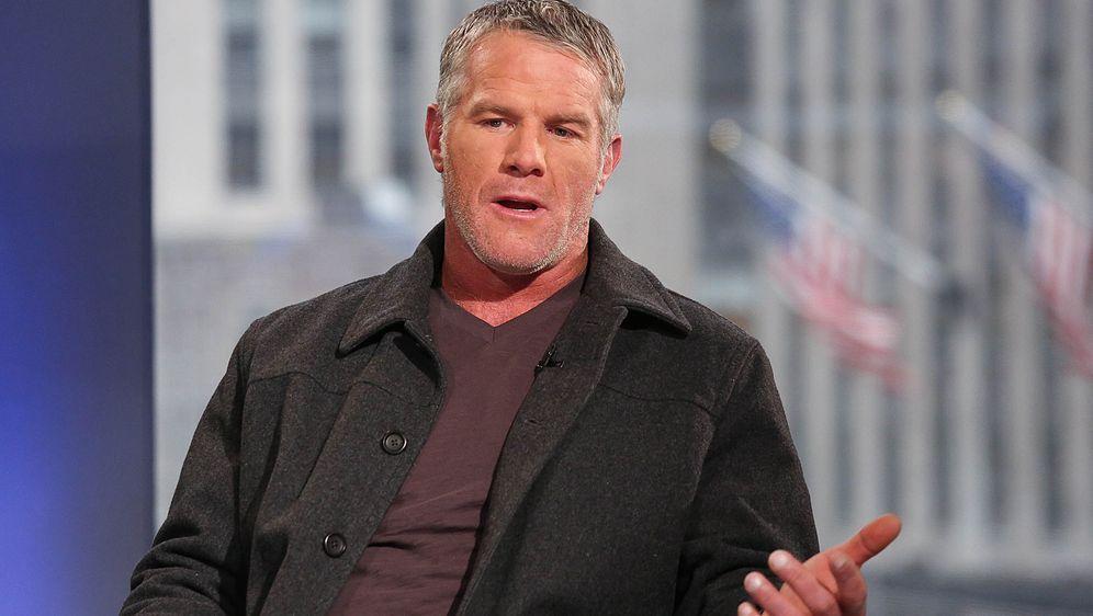 Brett Favre wurde dreimal MVP - Bildquelle: 2015 Getty Images