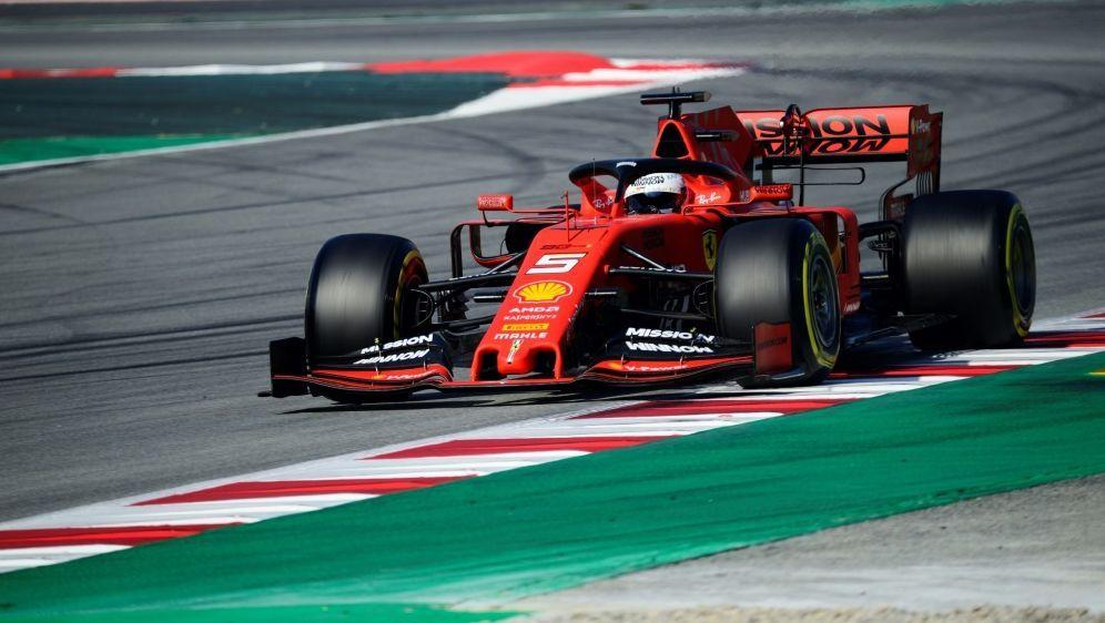 """Vettel hat sein neues Rennauto """"Lina"""" genannt - Bildquelle: PIXATHLONPIXATHLONSID"""