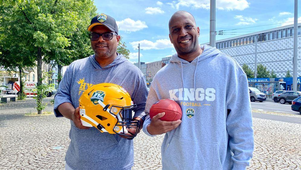 Defensiv-Spezialist Malik Jackson (rechts.) unterstützt ab sofort die Leipzi... - Bildquelle: Leipzig Kings