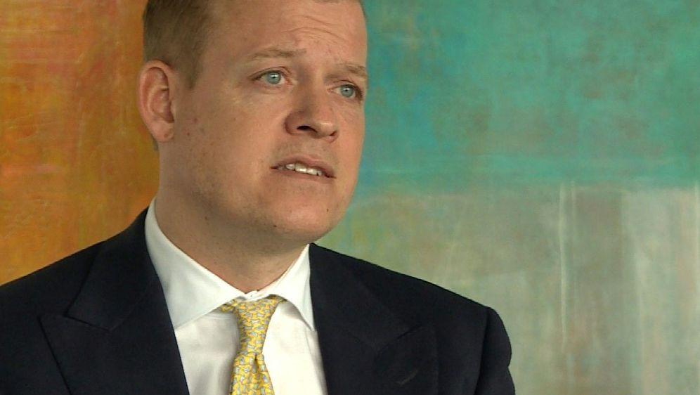 Johan-Michel Menke hält Gehaltskürzungen für möglich - Bildquelle: SIDSIDSID