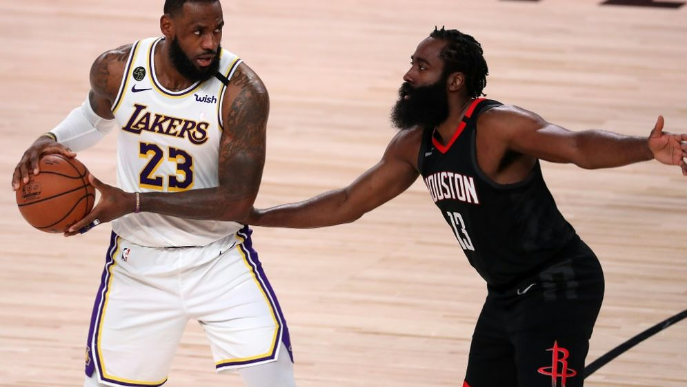 James (l.) führte die Lakers ins NBA-Finale - Bildquelle: GETTY AFPSIDMichael Reaves