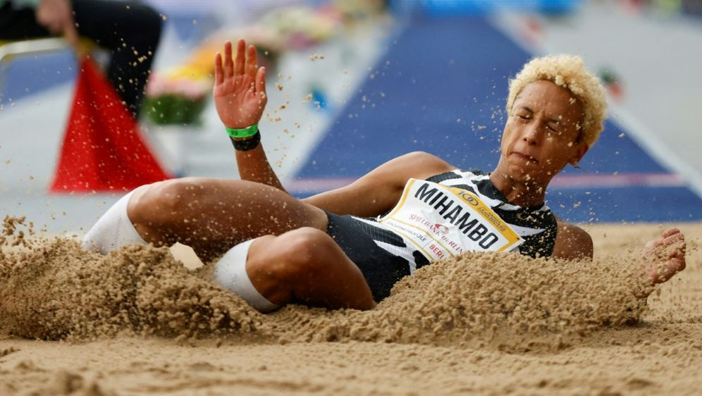 Malaika Mihambo springt beim ISTAF auf den zweiten Platz - Bildquelle: AFPSIDODD ANDERSEN