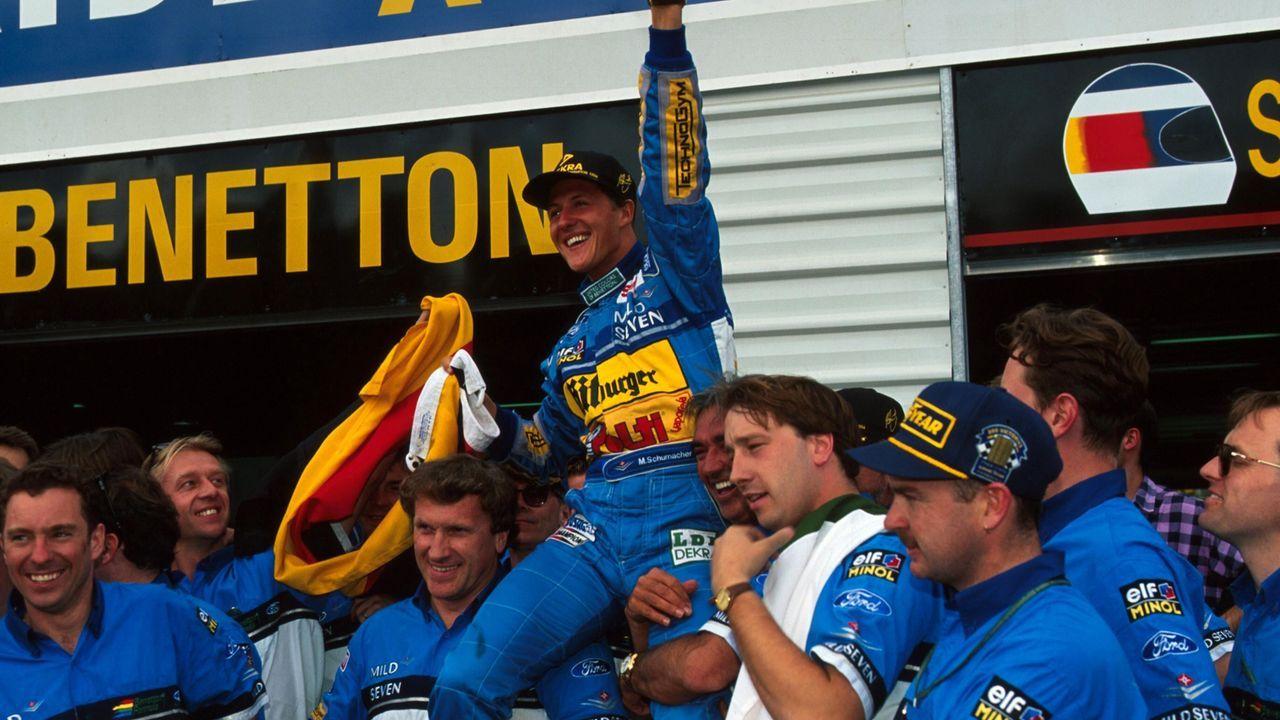 Skandale, Strafen, Tragödien: So fuhr Michael Schumacher vor 25 Jahren zum Titel - Bildquelle: imago images / Motorsport Images