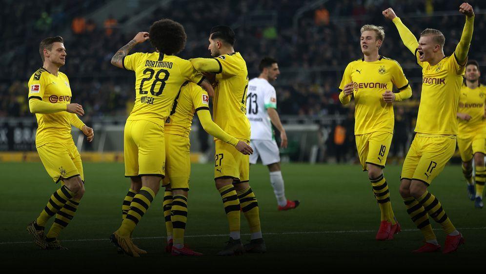 Der BVB gewinnt das Borussen-Duell in Mönchengladbach mit 2:1 - Bildquelle: Getty