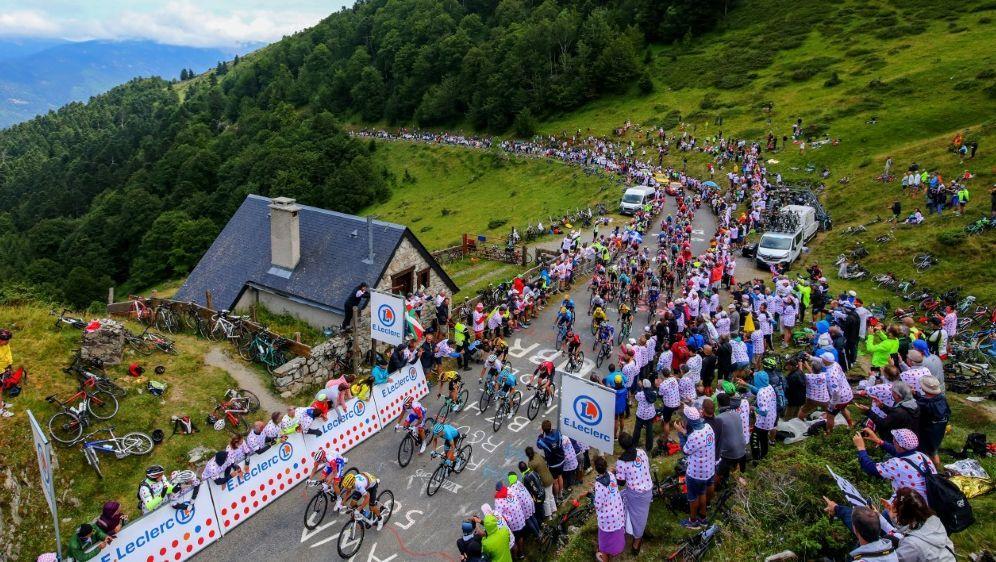 Am Sonntag führt die Tour de France von Limoux nach Foix - Bildquelle: PIXATHLONPIXATHLONSID
