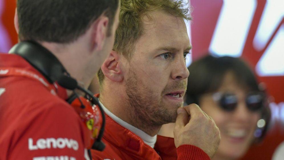 Vettel stapelt in Mexiko tief - Bildquelle: AFPSIDPEDRO PARDO