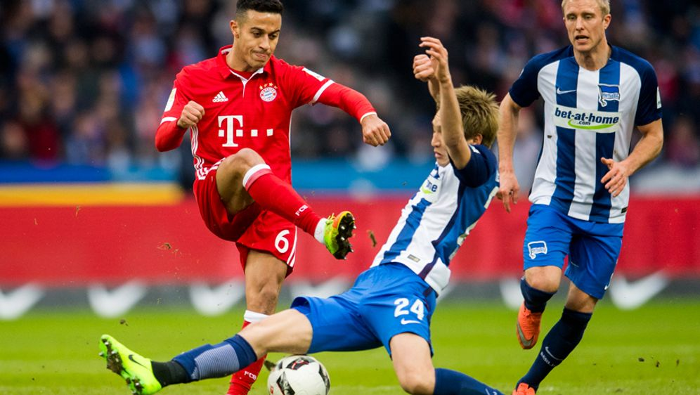 Der FC Bayern eröffnet am Freitagabend die 57. Spielzeit in der Bundesliga. ... - Bildquelle: getty