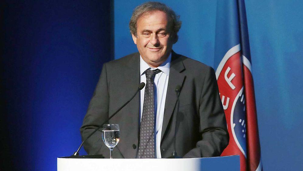 Platini reicht eine Klage ein - Bildquelle: Imago