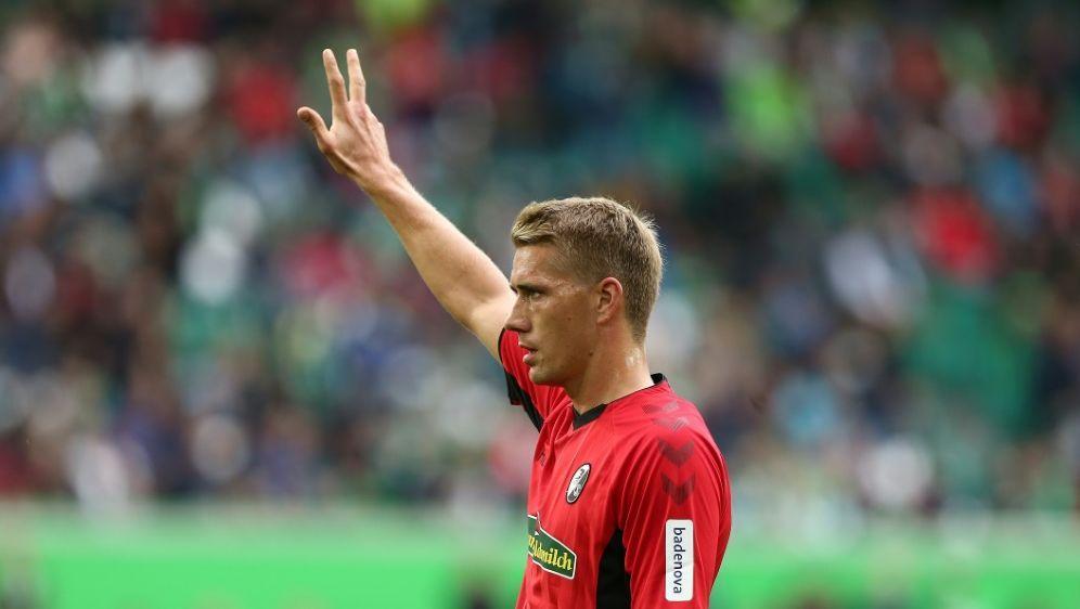 Stürmer Nils Petersen fehlt den Freiburgern gegen Mainz - Bildquelle: FIROFIROSID