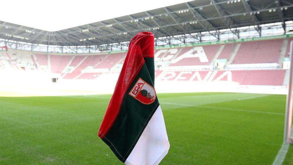 Der FCA begrüßt am Samstag den BVB in der WWK Arena - Bildquelle: FIROFIROSID