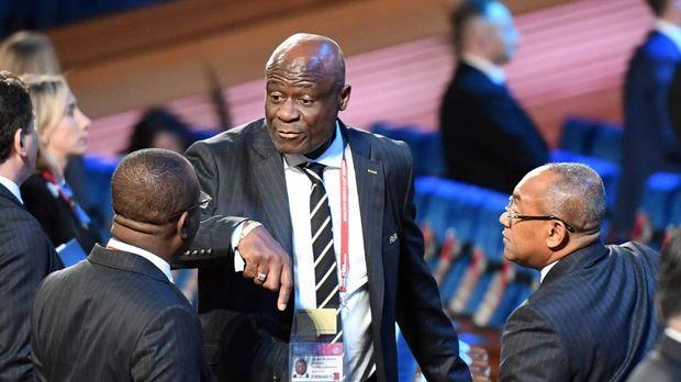 Fussball – FIFA-Ethikkommission sperrt Ex-CAF-Chef Omari