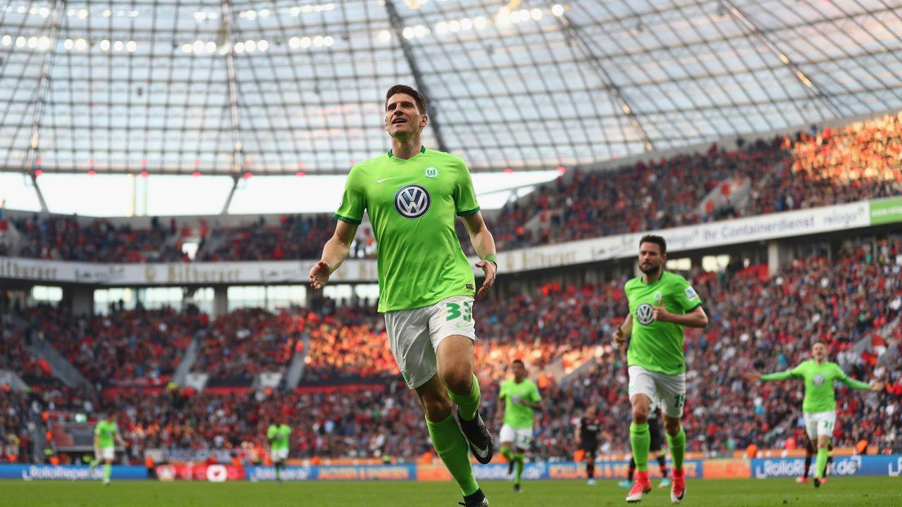 Gomez rettet Wolfsburg in der Relegation - Bildquelle: 2017 Getty Images