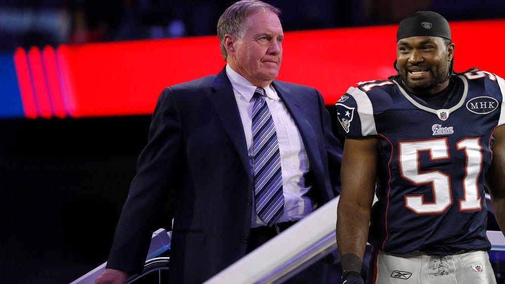 Wieder bei den New England Patriots vereint: Jerod Mayo (r.) könnte mehr als... - Bildquelle: Getty Images