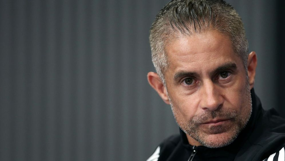Ist nicht mehr Trainer von Olympique Lyon: Sylvinho - Bildquelle: AFPSIDRONNY HARTMANN