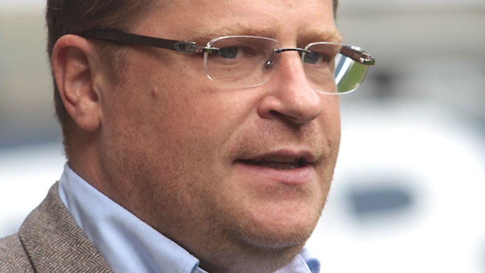 Gladbach Sportdirektor Max Eberl dementiert Gespräche mit Bremens Aaron Hunt - Bildquelle: Getty
