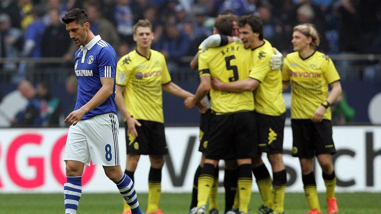 2011/12: BVB schießt sich mit Derbysieg quasi zur Meisterschaft - Bildquelle: Imago Images