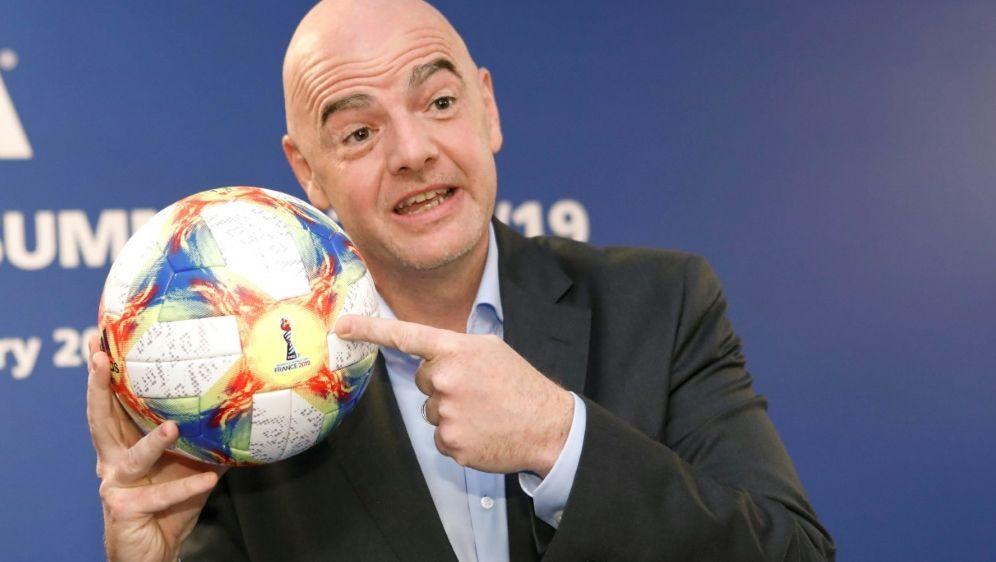 """Für Infantino kommt Fußball """"an zweiter Stelle"""" - Bildquelle: PIXATHLONPIXATHLONSID"""