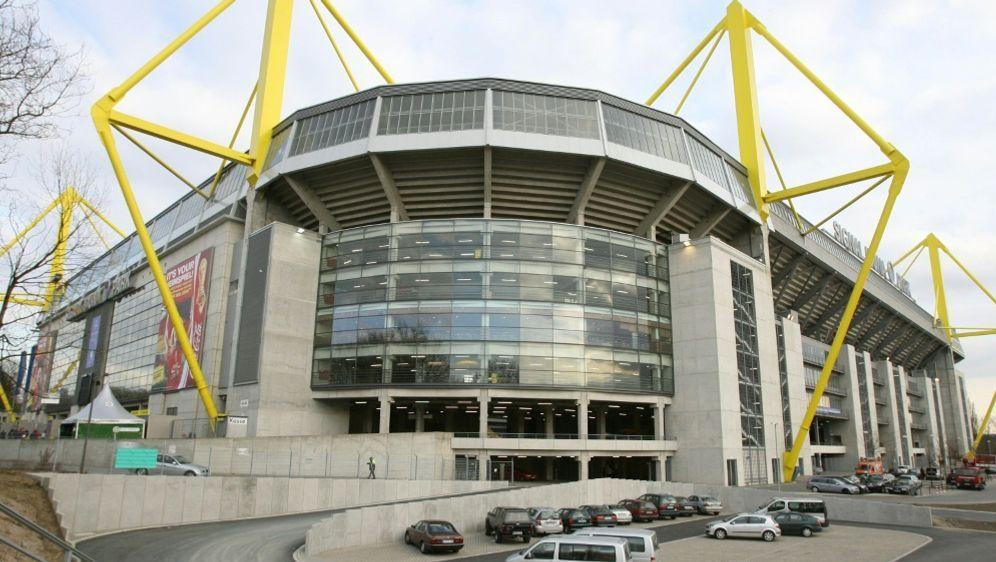 Das Dortmunder Stadion gibt es nun auch in Krippenform - Bildquelle: AFPSIDJOHN MACDOUGALL