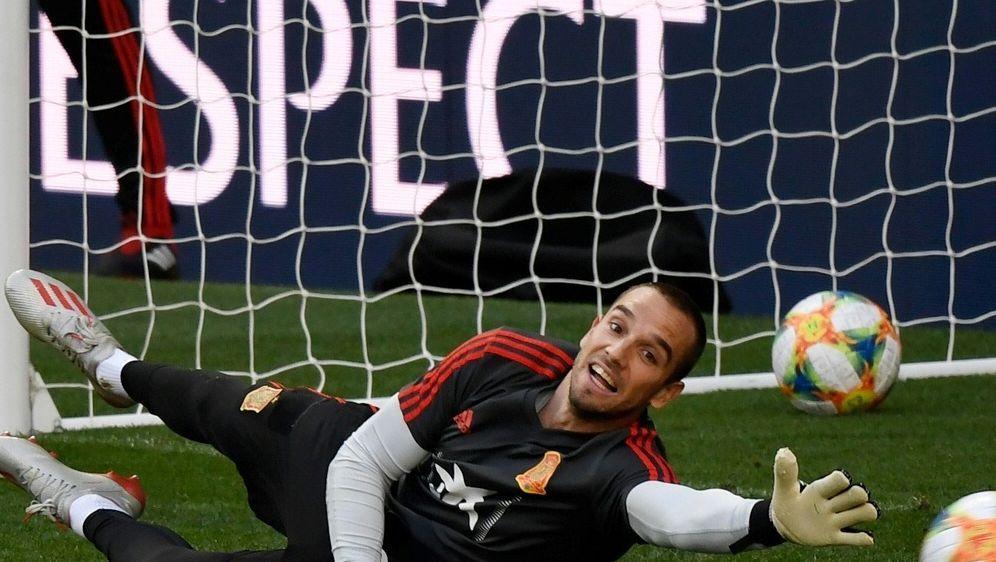 Pau Lopez wechselt für 23,5 Millionen Euro nach Rom - Bildquelle: AFPSIDPIERRE-PHILIPPE MARCOU