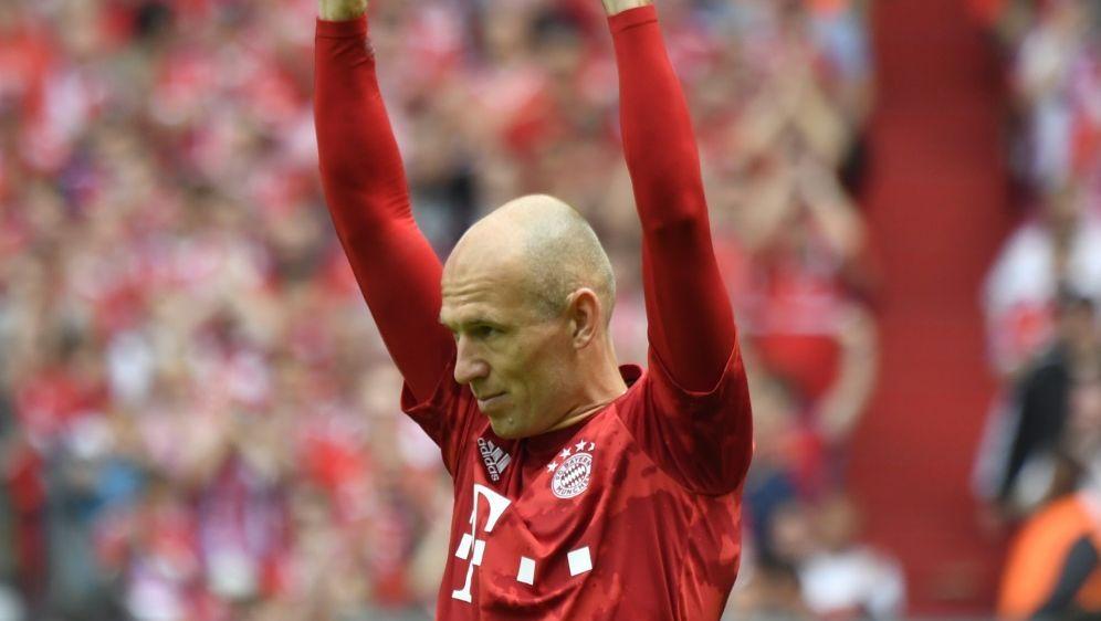 Bayern-Legende Arjen Robben ist nun F-Jugend-Trainer - Bildquelle: AFPSIDJOHN MACDOUGALL