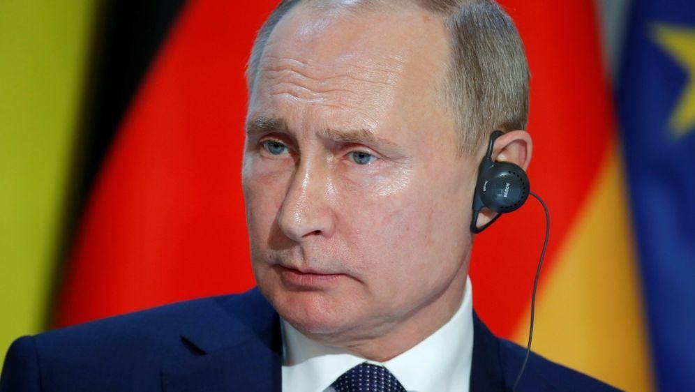 """Putin: Russland-Sperre """"politisch motiviert"""" - Bildquelle: POOLPOOLSIDCHARLES PLATIAU"""