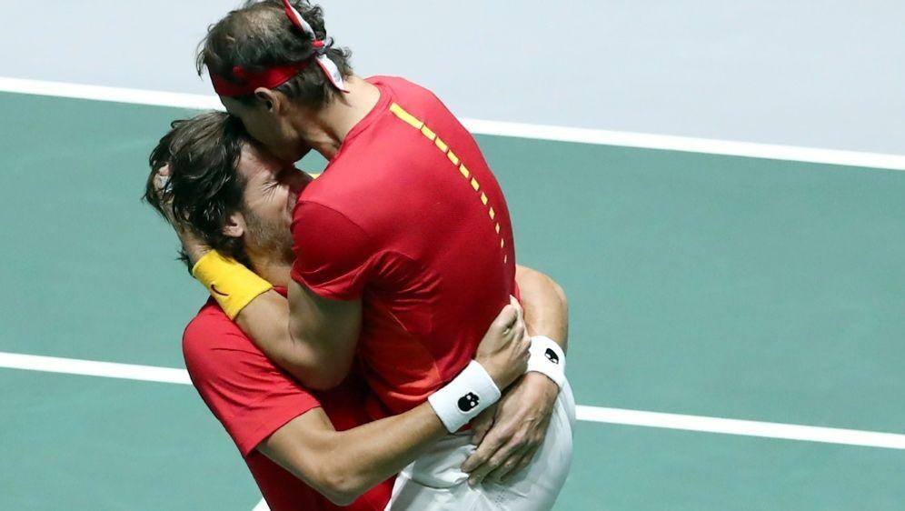 Nadal (r.) und Lopez - Bildquelle: AFPSIDOscar DEL POZO