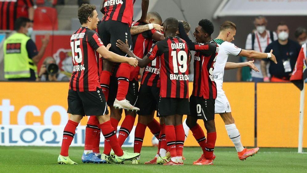 Bayer Leverkusen ist laut bwin klarer Favorit - Bildquelle: FIROFIROSID