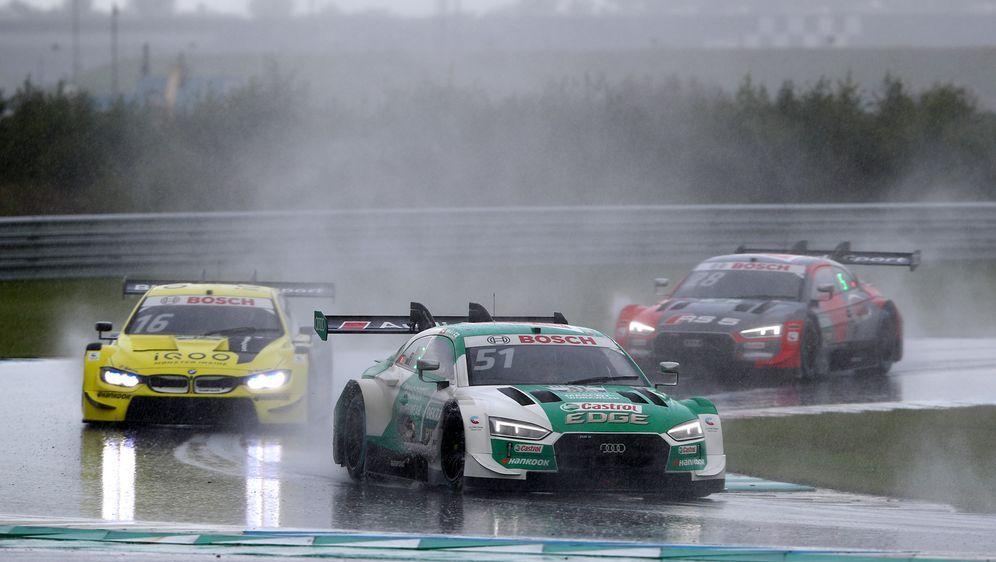 Auf dem Nürburgring werden die beiden bevorstehenden Renn-Wochenenden der DT... - Bildquelle: 2020 Getty Images