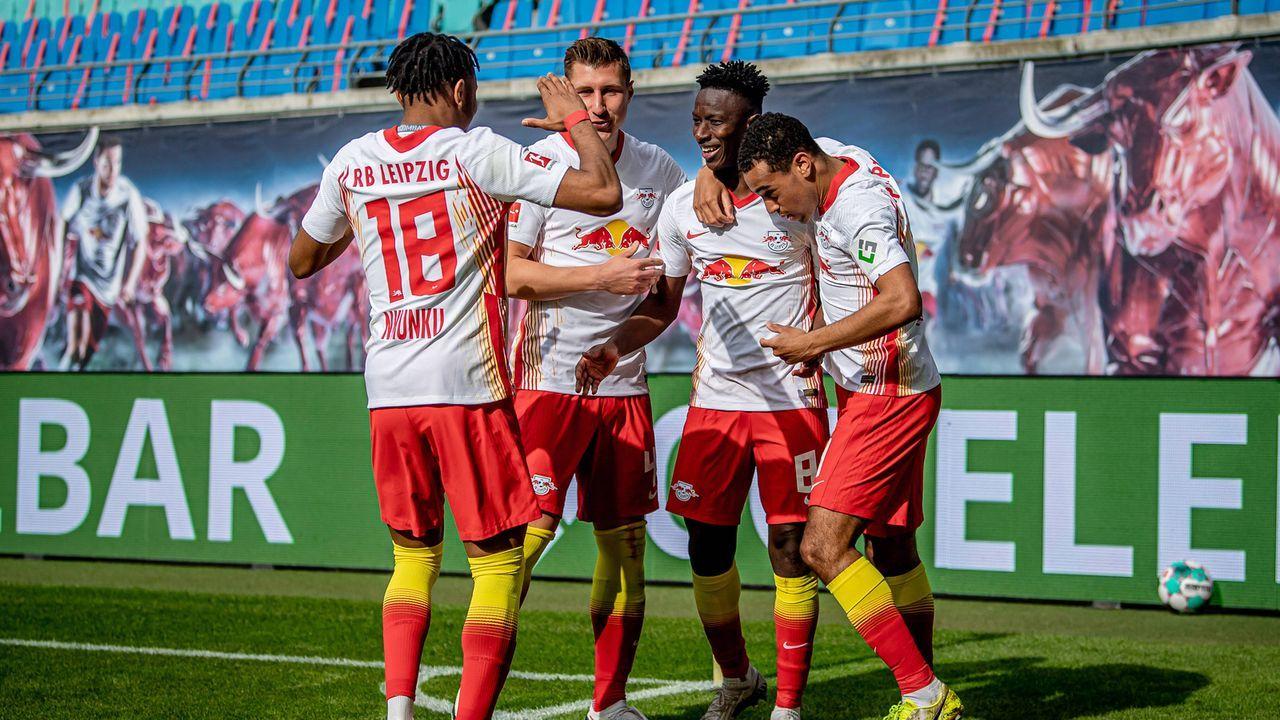 Leipzig peilt die Vize-Meisterschaft an - Bildquelle: imago images/motivio