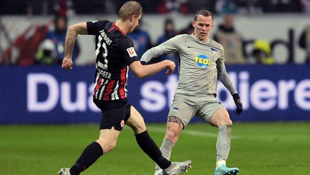 Hertha BSC verspielt in Frankfurt eine 2:0-Führung - Bildquelle: Getty Images