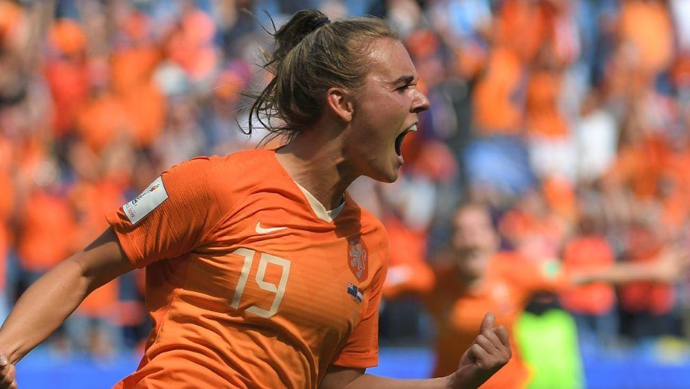 Jill Roord erzielte den Siegtreffer in der Nachspielzeit - Bildquelle: AFPSIDLOIC VENANCE