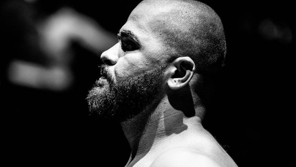 Valdrin Istrefi hat den PFL-Turniersieg fest im Blick - Bildquelle: GMC MMA