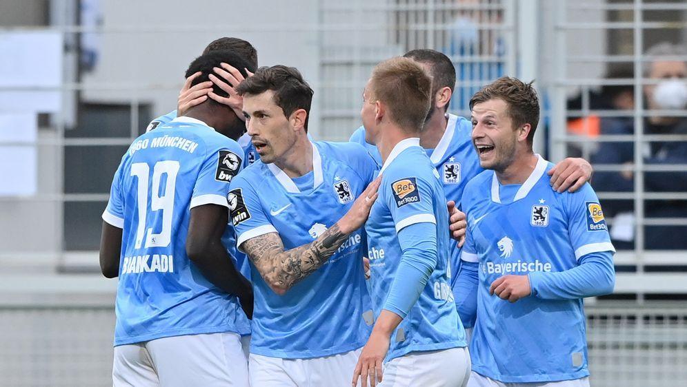 Gegen Kaiserslautern feiert 1860 München einen 3:0-Sieg. - Bildquelle: Getty Images